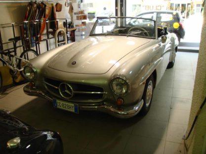Mercedesgrise2